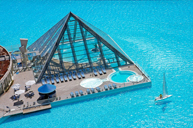 The San Alfonso del Mar Seawater Pool in Algarrobo, Chile