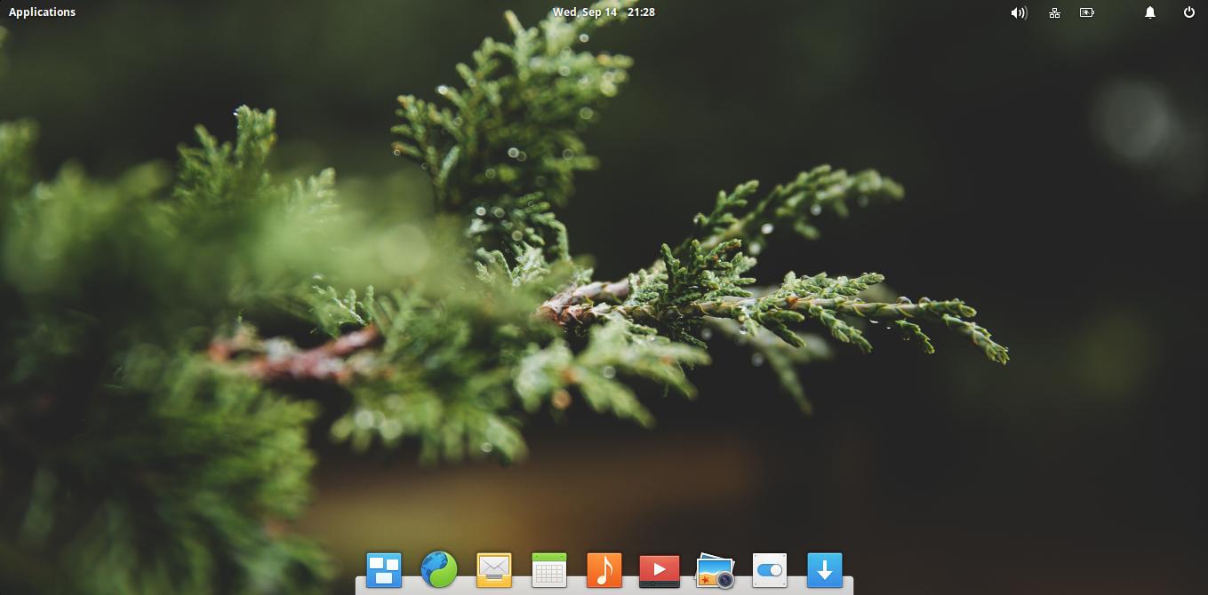elementary os loki desktop.png